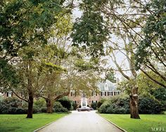 Tory Burch Southampton Manor decorated by Daniel Romualdez and Eve Hood