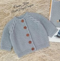 English Knitting Pattern For Beginners S Basic - Diy Crafts - DIY & Crafts Baby Knitting Patterns, Knitting Designs, Free Knitting, Baby Cardigan, Baby Vest, Orange Pants, Pants Pattern, Baby Sweaters, Crochet Baby