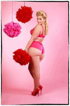 Curvy girls are better than skinny girls!