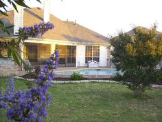 Beautiful Gem - 4 Bedroom, 3215 Sq Ft, with Pool and Spa