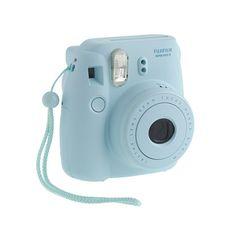 fuuuuuuun - love this camera in BLUE!