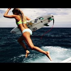 Check out our Surf clothing here! http://ift.tt/1T8lUJC : @alanarblanchard  #babeswithboards