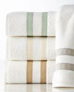 -3HGQ Matouk  Marlowe Bath Rug Marlowe Face Cloth Marlowe Hand Towel