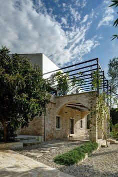 Architecture Beast: Mediterranean Villa in Ancient Croatian Town   #architecture…