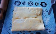 Voici comment réaliser votre pâte feuilletée inversée, un pur délice. Elle très facile à faire, il suffit de bien suivre les étapes.