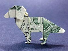 Hallo    Für den Verkauf ist eine wunderschön gestaltete Origami-Hund, der mit einer brandneuen Dollarschein hergestellt wird.   via Etsy