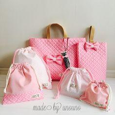 通園 通学‼️レッスンバッグ6点セット Applique Fabric, Embroidery Applique, Japan Bag, Diy Party, Kids And Parenting, Purses And Bags, Pouch, Tote Bag, Sewing