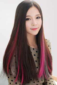 Cheap Hair Color, Buy Directly from China Suppliers:Hot Professional 6 colors Temporary Hair Dye Powder Cake Styling Hair Chalk Set Soft Pastels Salon Tools Non-toxic Christmas DIY Peekaboo Highlights, Hair Highlights, Color Highlights, Pretty Hairstyles, Straight Hairstyles, Colored Hair Extensions, Feather Extensions, Hair Color Streaks, Pink Streaks