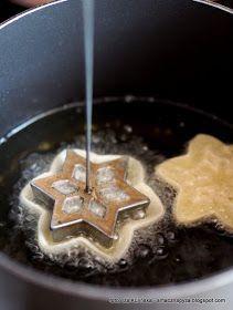 rozetki-blyskawiczne-ciasteczka-smazone