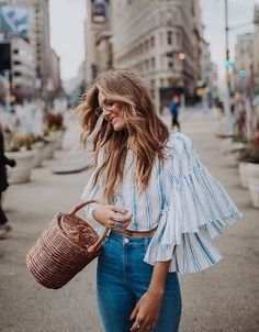 64 Boho Chic Outfits to Improve Your Style - Fashionetter Bell Sleeve Top Outfit, Spring Summer Fashion, Spring Outfits, Summer Outfit, Look Fashion, Womens Fashion, Fashion Trends, Dress Fashion, Mode Kawaii