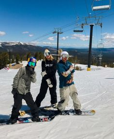 Gaudi, Grimm, Mode Au Ski, Adventure Aesthetic, Haha, Ski Season, Ski Fashion, Ski And Snowboard, Girl Gang