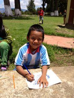 Sport en Onderwijs in Guatemala - deelnemer aan de #ASNBank #wereldprijs 2013. Heb jij al een stem uitgebracht? http://voordewereldvanmorgen.nl/Kom_in_actie/ASN_Bank_Wereldprijs/Projecten