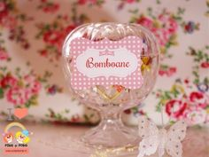 etichete-nunta-botez-bomboane-candy-bar Wine Glass, Polka Dots, Candy, Tableware, Pink, Dinnerware, Tablewares, Candles, Place Settings