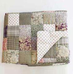 Dessus de lit 2 pers.en patchwork de coton imprimé Pondichery - gris ** LEA116950 260 x 240 cm > 355.00€  http://www.decoclico.fr/