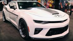 Best Sports Cars : 2018 Yenko/SC Stage II Camaro with 1000 Horsepower – In Details. Read more! Super Sport Cars, Cool Sports Cars, Cool Cars, Yenko Camaro, Chevrolet Camaro, Camaro 2018, Chevy Classic, Classic Cars, Porsche Classic