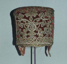 Новгородская кика (из музея Метрополитен, Нью-Йорк)