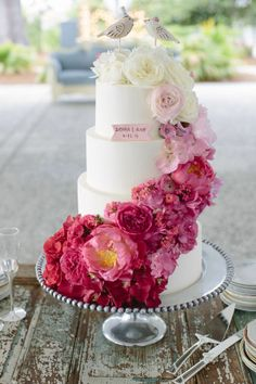 ombre wedding cake with peonies