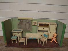 starý původní pokojíček pro panenky Dollhouse Dolls, Retro, Czech Republic, Dollhouses, Kitchen, Stuff Stuff, Cooking, Kitchens, Doll Houses