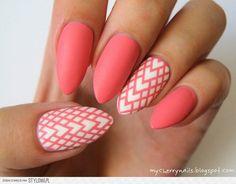 #nail #art #coral #hearts