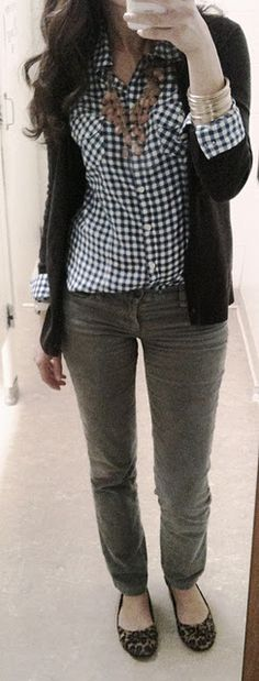 Checkered shirt, statement necklace, cardigan, gray jeans and leopard flats. Divine and unexpected. // Lilly's Style