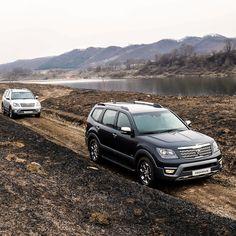 #친환경 #SUV #기아자동차 #더_뉴_모하비 의 #다이나믹 한 #오프로드 #주행 을 #감상 하시죠! #Enjoy the #dynamic #off_road #driving of #KIA #motors #The_New_Mohave ( #Borrego ) #eco_friendly #SUV #motor #car #aurora_black_pearl #snow_white_pearl #Mohave #기아차 #모하비 #오로라블랙펄 #실키실버 #드라이브 #자동차 #자동차그램