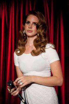 Lana Del Rey style and fashion - British Vogue cover | British Vogue