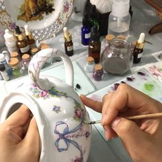Painting on teapot