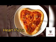 Heart Pizza 🍕💓 - YouTube Big Bowl, French Toast, Heart, Breakfast, Kitchen, Recipes, Food, Morning Coffee, Essen