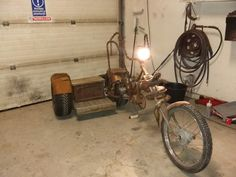 Chopper rat bicycle with sidecar and soundsystem Sidecar, Chopper, Rat, Sconces, Wall Lights, Bicycle, Home Decor, Chandeliers, Appliques