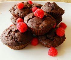 Tojásmentes, zabpelyhes muffin Tojásmentes, zabpelyhes muffin Lídiától????  Hozzávalók(8 db muffinhoz): 1 bögre Szafi Fittzabpehelyliszt(Szafi Fitt zabpehelyliszt ITT!)(Szafi Fitt gluténmentes zabpehelyliszt ITT!) 1/2 bögre tej (vegánoknak,tejérzékenyeknek növényi tej) 3
