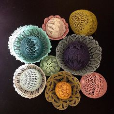 Unusual Use of Crocheted Doilies by the French Artist Maillo as Inspiration for Creativity Crochet Art, Thread Crochet, Crochet Motif, Crochet Crafts, Crochet Patterns, Doilies Crafts, Lace Doilies, Crochet Doilies, Doily Art
