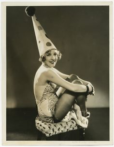 Bessie Love, as a burlesque clown. Perhaps the only clown that, while a tad creepy, isn't scaring me to death. Vintage Photographs, Vintage Photos, Vintage Circus Costume, Vintage Costumes, Bessie Love, Dark Circus, Circus Clown, Circus Party, Circus Performers