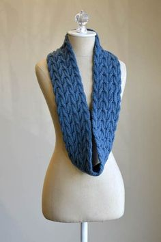 Wishing Cowl - gorgeous cowl, done in DK yarn, size 6 needles.  Free pattern, and the cowl is reversible, too!