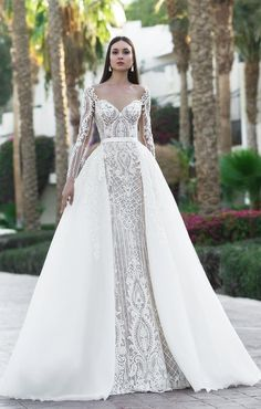 "If the words ""gorgeous long sleeve wedding dress"" set your heart racing, you're in for a treat. Find your perfect long-sleeve wedding dress! Wedding Dress Trumpet, Wedding Robe, Luxury Wedding Dress, Wedding Dress Sleeves, Long Sleeve Wedding, Dream Wedding Dresses, Bridal Dresses, Lace Dress, Dresses With Sleeves"