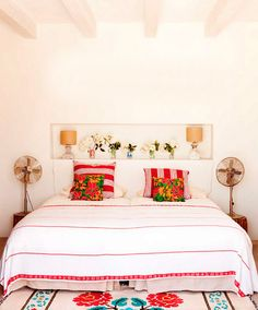 http://style-files.com/2015/08/29/weekend-escape-a-cozy-home-on-formentera-spain/#more-22002