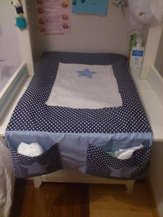 Tutorial: Cover mattress changing table