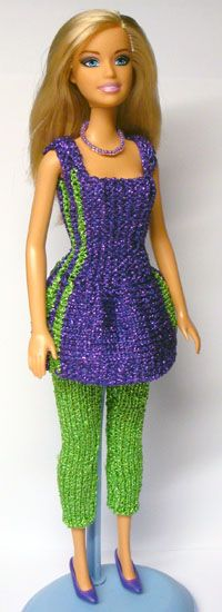 Sewing Barbie Clothes, Barbie Dolls Diy, Knitting Dolls Clothes, Barbie Clothes Patterns, Crochet Doll Clothes, Barbie Dress, Knitted Dolls, Clothing Patterns, Barbie Knitting Patterns
