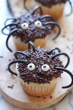 Halloween Kids' Spider Cupcake Party Food Ideas