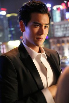 Eddie Peng | 彭于晏 | Bành Vu Yến | Peng Yuyan | D.O.B 24/3/1982 (Aries) Asian Celebrities, Asian Actors, Asian Love, Asian Men, Male Eyes, Martial Artists, Asian Hotties, Human Anatomy, Hot Boys