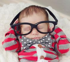 15 cute photo ideas for your newborn baby boy!  These are seriously the cutest...