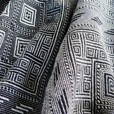 woven wraps database: Didymos Inka Black-White