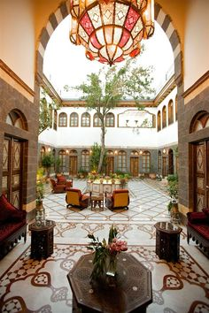 A quiet urban hideaway luxury Boutique Hotel in Old Damascus tucked in a historical neighborhood of churches, mosques, old bazaars and winding streets. Moroccan Curtains, Morrocan Decor, Moroccan Bedroom, Moroccan Lanterns, Courtyard Design, Courtyard House, Moroccan Interiors, Islamic Architecture, Morrocan Architecture