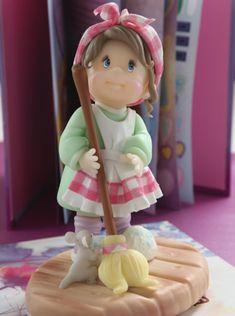 Como Cenicienta Compra el patron con las instrucciones en www.eviadigital.com y regalale este lindo proyecto a la personita que mas queres♥