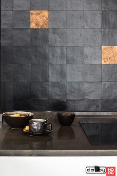 Stunning combination 😍 Sand cast tiles in Aged Iron (VO) combined with Raw Bronze (RB) (Pure Tiles collection) Designed by Nicky Goossens. Wabi Sabi, Interior Design Inspiration, Home Decor Inspiration, Kitchen And Bath, New Kitchen, Küchen Design, House Design, Dark Interiors, Home Decor Styles