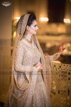 Beautiful bridal barat Pakistani dress in USA Bridal Mehndi Dresses, Asian Bridal Dresses, Pakistani Wedding Outfits, Bridal Dress Design, Pakistani Bridal Dresses, Pakistani Wedding Dresses, Wedding Dresses For Girls, Bridal Outfits, Bridal Dupatta