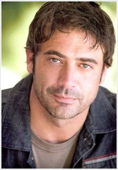This not Javier Bardem, it is Jeffery Dean Morgan. They look strikingly like identical twins.