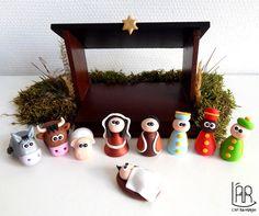 COMMANDE RESERVEE - Crèche de Noël originale et rigolote en bois et en Fimo