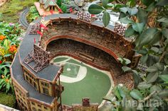Yankee Stadium and dozens of other NYC landmarks...made of twigs, leaves, and other natural elements, in the Bronx Botanic Garden's amazing holiday train show