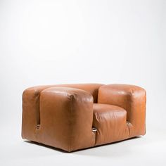 Mario Bellini; Leather and Chromed Metal 'Le Mura' Lounge Chair for Cassina, 1972.