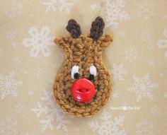 http://www.repeatcrafterme.com/2013/12/crochet-reindeer-applique-pattern.html